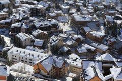 旅馆的全景,列斯Deux Alpes,法国,法语 免版税库存照片