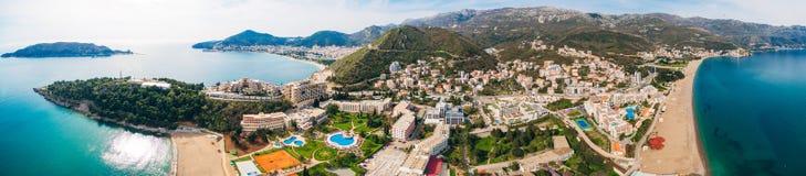从旅馆的看法Becici散步的  免版税库存照片