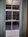 从旅馆窗口的看法 库存照片