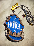 旅馆老符号 免版税库存图片