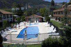 旅馆非常美丽池游泳 免版税图库摄影