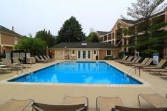 旅馆非常美丽池游泳 图库摄影