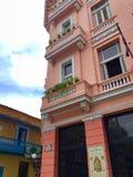 旅馆读经台Mundos在老镇哈瓦那古巴 免版税库存照片