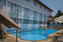 旅馆水池的图象 免版税库存照片