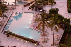 旅馆水池 免版税图库摄影