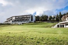 旅馆Alpina Dolomiti,南蒂罗尔 免版税库存照片