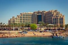 旅馆Sheba、购物中心和海滩的希尔顿埃拉特女王/王后 库存图片
