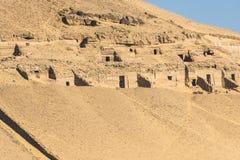 贵族的坟茔在阿斯旺,埃及 库存照片