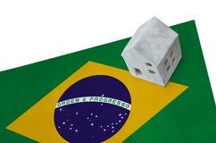 旗子的小屋-巴西 库存图片