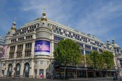 旗舰Printemps百货大楼在巴黎 免版税库存图片