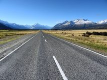 无休止的路新西兰 免版税库存图片
