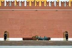 无名英雄墓克里姆林宫墙壁的,莫斯科 免版税库存照片