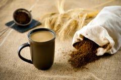 无咖啡因的咖啡用牛奶 免版税库存照片