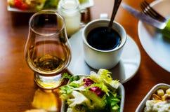 无奶咖啡用在小部分的集合开胃菜,健康和 免版税库存图片