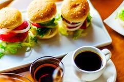 无奶咖啡用在小部分的集合开胃菜,健康和 免版税库存照片