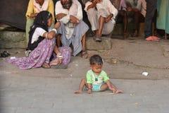 无家可归的印度印第安乔德普尔城生活做人们恶劣的贫穷自帐篷 库存照片