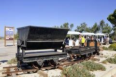 无盖货车一次半新盐Aigues-Mortes 库存照片
