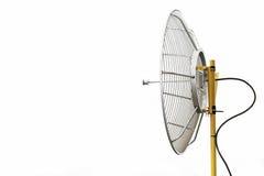 无线电望远镜或卫星盘通信的,技术通信的国家,连接之间由卫星信号 免版税图库摄影