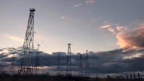 无线电铁塔有天空背景在夏天 影视素材