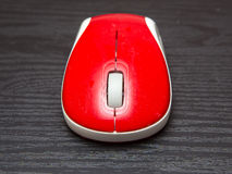 无线红色计算机老鼠 库存照片