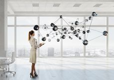 无线连接和高科技技术 混合画法 免版税库存照片