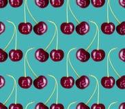 无缝樱桃的样式 红色莓果背景纹理 免版税库存照片