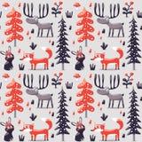 无缝的冬天圣诞节样式狐狸,兔子,蘑菇,麋,灌木,植物,雪,树 免版税库存照片