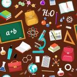 无缝的几何样式后面在学校 免版税库存图片