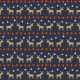 无缝的圣诞节样式-鹿、星和雪花 库存照片