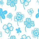 无缝的手拉的样式传染媒介花卉背景 三叶草墙纸为圣帕特里克` s天 免版税库存照片