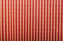 无缝的条纹图形的红色和白色在黑背景的条纹 库存照片