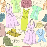 无缝的样式与手拉的假期为妇女和女孩穿衣 淡色和自然夏天颜色 背景看板卡乱画问候页模板普遍性万维网 皇族释放例证