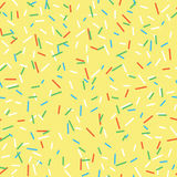 无缝的样式明亮的黄色鲜美传染媒介油炸圈饼在咖啡馆和商店洒在动画片样式的背景菜单的 皇族释放例证