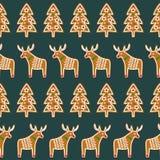 无缝的样式用圣诞节姜饼曲奇饼- xmas树和鹿 免版税库存照片