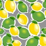 无缝的样式用大柠檬和石灰与叶子 灰色背景 免版税库存图片