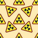 无缝的样式背景核能标志传染媒介工业电污染驻地烟囱烟反应器标志 皇族释放例证