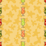 无缝的样式背景酒精饮料 酒精传染媒介 在空白背景的果子cocktail.isolated 免版税库存照片