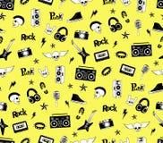 无缝的模式 在黄色背景的庞克摇滚乐音乐 乱画样式元素、象征、徽章、商标和象 免版税库存图片