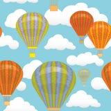 无缝的模式 热空气气球和云彩在天空 例证 背景 明信片 库存图片