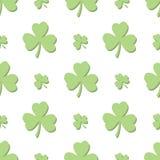 无缝的浅绿色的三叶草 免版税库存图片