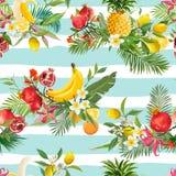 无缝的热带水果样式 异乎寻常的背景用石榴、香蕉、花和棕榈叶墙纸的 库存图片
