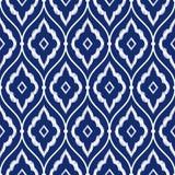 无缝的瓷靛蓝色和白色葡萄酒波斯ikat仿造传染媒介 图库摄影