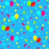 无缝的生日,样式 五颜六色的球、蝴蝶和花 免版税图库摄影