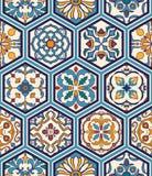 无缝的纹理向量 设计的美好的兆补缀品与装饰元素的样式和时尚在六角形 免版税库存照片