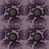 无缝的花卉圈子样式紫色灰色发光 库存图片