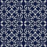 无缝的蓝色日本背景螺旋十字架曲线花 免版税库存照片
