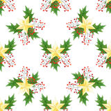 无缝的水彩圣诞节印刷品用霍莉莓果,叶子,金黄星 对包装纸,卡片或纺织品设计 库存照片