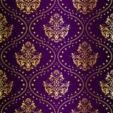 无缝金复杂模式紫色的莎丽服 免版税库存图片