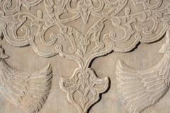 无背长椅大理石雕刻的艺术细节 免版税库存照片