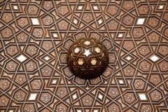 无背长椅珍珠母镶嵌的艺术例子从伊斯坦布尔土耳其人的 免版税库存图片